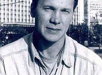 Anatoly Zhuravlev – Filmografía, biografía, información personal