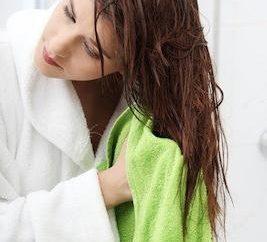 Wie schnell trocknen Haare ohne Fön? Einige Tipps