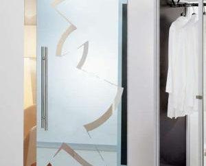 portes coulissantes intérieures et extérieures: caractéristiques et avantages de conception