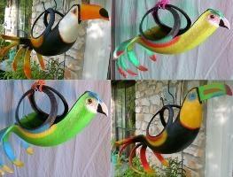 Crafts dal pneumatico con le mani: vasi pappagallo