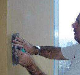 Application de papier peint liquide avec vos propres mains