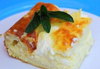 Dietary casseruola ricotta nel forno a microonde. ricetta per