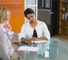 Ajudar a resolver o problema de como escrever um currículo para um emprego