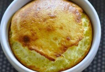 Casserole délicate au fromage cottage avec des pommes dans un multivark