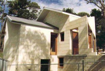 Block House: caractéristiques de construction, les avantages et les inconvénients