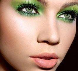 olhos cinza-verde: quais são seus donos e que maquiagem lhes convier