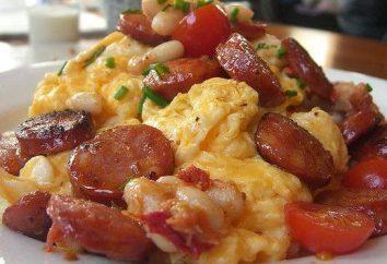 Omelette con salsiccia e pomodori, cotti in forno