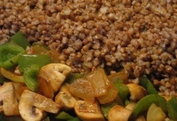 Eine große Schüssel zum Frühstück – Buchweizen mit Pilzen, Zwiebeln und Karotten