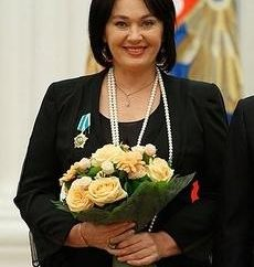 Larisa Guzeeva. Biografia dell'attrice