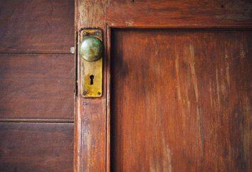 Restaurierung der Holztür: Führung Heimarbeiter