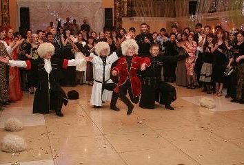 Matrimoni caucasici sono sempre bellissimi e indimenticabili!