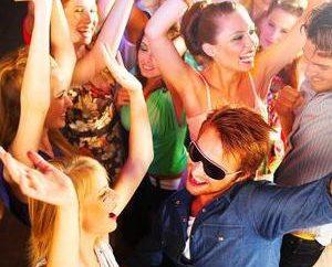 Jak tańczyć w klubie? tajemnice sukcesu