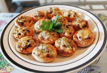 La ricetta per i bagel con carne macinata nel forno: prepariamo uno snack caldo
