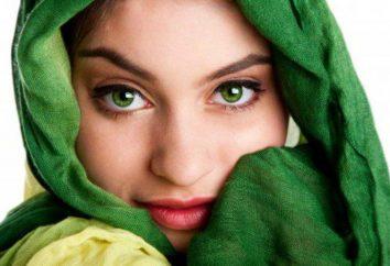 Oczy są ciemnozielone. Natura kolor oczu