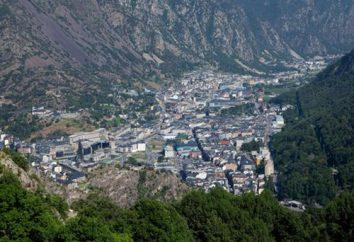 Andorra Estado – borde en los brazos de los Pirineos
