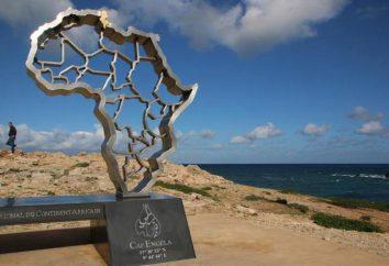 Points extrêmes de l'Afrique: les coordonnées du cap de Ras ben Sakka. cape blanche et la ville de Bizerte