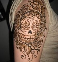 Jeśli chodzi o rozwody henny tatuaż w domu