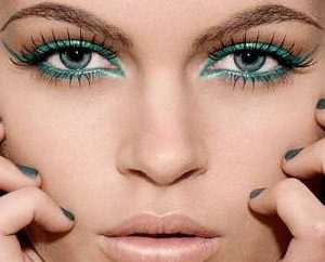 ¿Cómo hacer maquillaje todos los días para los ojos verdes: recomendaciones y fotos