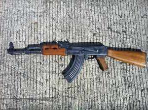Pneumatyczny karabin Kałasznikowa dla miłośników broni