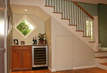 Conception des escaliers dans une maison privée: les caractéristiques de choix