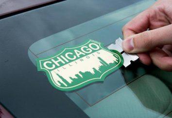 Jak usunąć naklejki z okien samochodu?