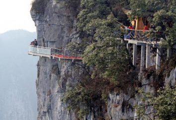 Szkło Bridge w Chinach: najbardziej interesująca kombinacja korzyści i estetyki