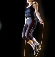 Saut à la corde pour la perte de poids: les résultats des examens