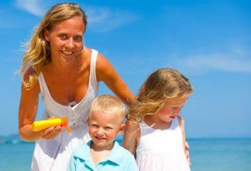 Protetor solar para uma criança – um banho de sol recepção segura