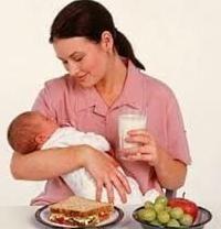 madre che allatta. Dieta: Che cosa può e non può
