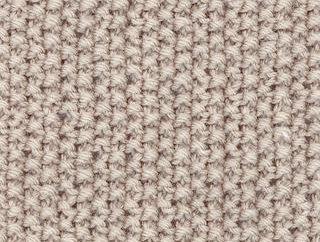 Um teste padrão bonito com agulhas de lenço (três variantes)