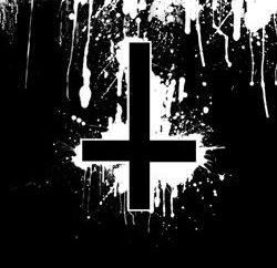 Inversé croix comme symbole de la magie, la puissance et … satanisme!