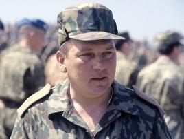 Alguém mau Geral Shamanov com franqueza de soldado