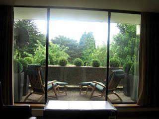 Décoration d'intérieur des balcons: quel matériel choisir?