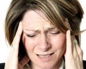 Objawy zapalenia mózgu. Co zrobić, gdy kleszcz ugryzie?