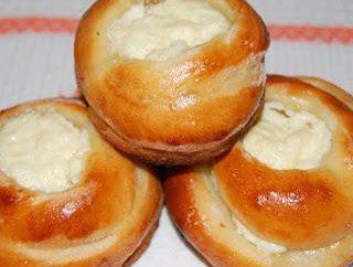 Brötchen mit Käse aus Teig: Rezept
