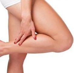 gambe gonfie: causa del problema e come risolverlo