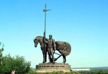 """Penza, osadnicy pomnik (rzeźba """"Pervoposelenets""""), adres, autorzy opis"""