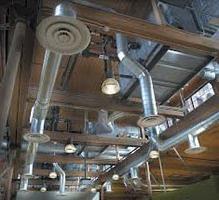 L'assemblage et l'installation de conduits d'air