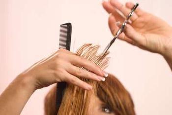 Traumdeutung: was für ein Traum Haare zu schneiden