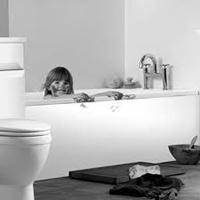Dekorowanie łazienka z rękami