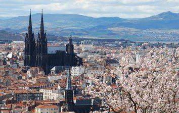 Attractions en France: Clermont-Ferrand