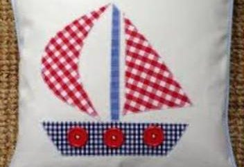 Navire – demande garçons vêtements pour enfants. Plusieurs options pour la fabrication