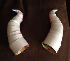 Como fazer chifres de cabra com as próprias mãos feitas de papel (foto)?