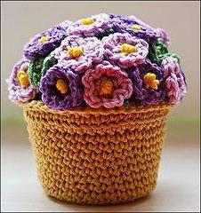 Schematy szydełku kwiaty w doniczkach. Piękne szydełkowe kwiaty: opis