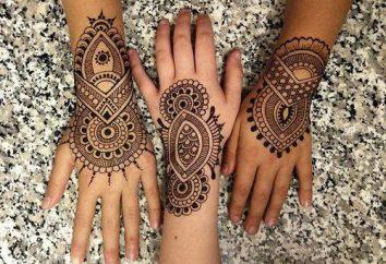 Comment faire des motifs de henné sur le corps?