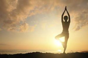 Pourquoi le yoga commence? Comment commencer une leçon?