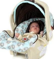 Autositze für Babys: Vorteile und Auswahlregeln