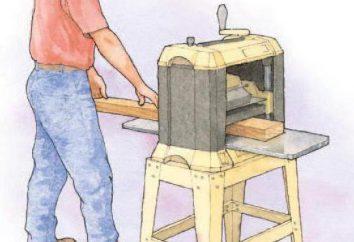 Dickenhobelmaschine mit ihren Händen. Scheme Hobel