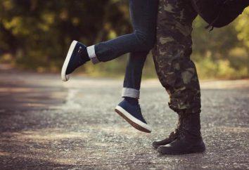 Różne statusy o wojsku: motywacyjny, pełen humoru i czeka na dziewczyny