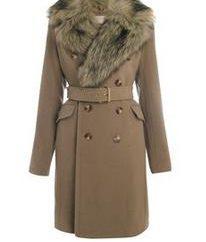 manteau en cachemire avec un col de fourrure sur le pic de popularité en 2013
